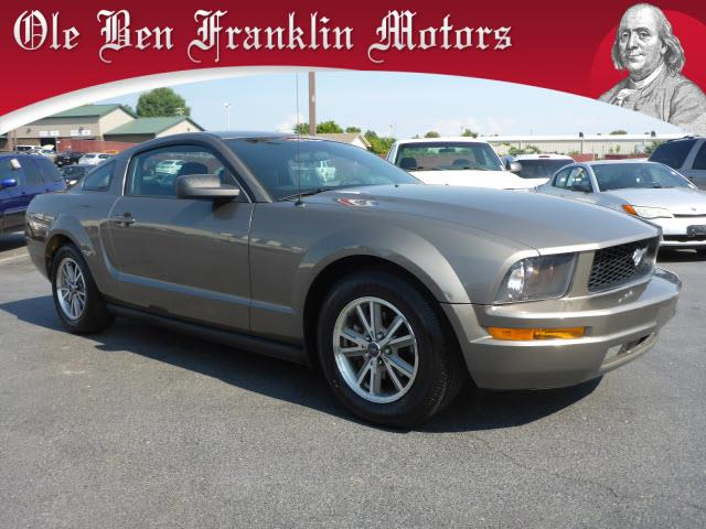 2005 FORD MUSTANG V6 DELUXE 2DR COUPE dk gray air conditioning - frontair conditioning - front
