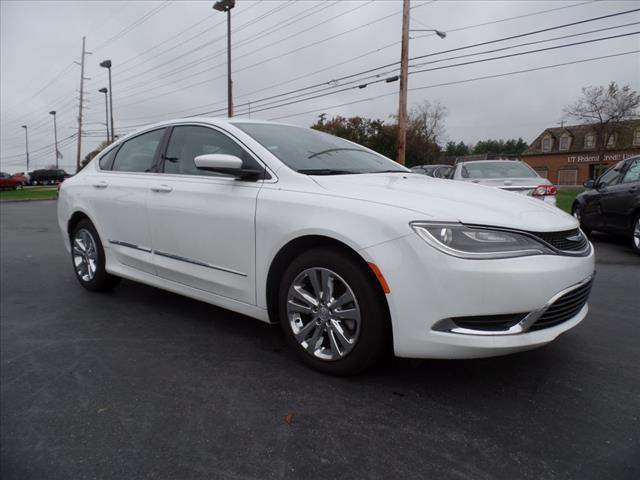 2015 CHRYSLER 200 LIMITED 4DR SEDAN white crumple zones front and rearmulti-function displaysta