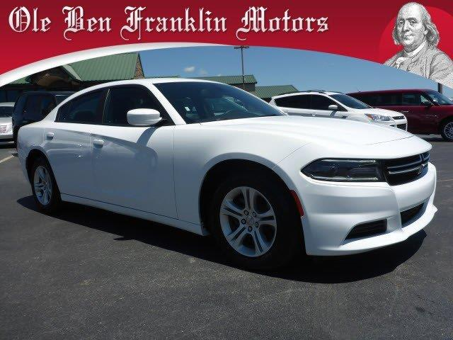 2016 DODGE CHARGER SE 4DR SEDAN white boasts 31 highway mpg and 19 city mpg this dodge charger b