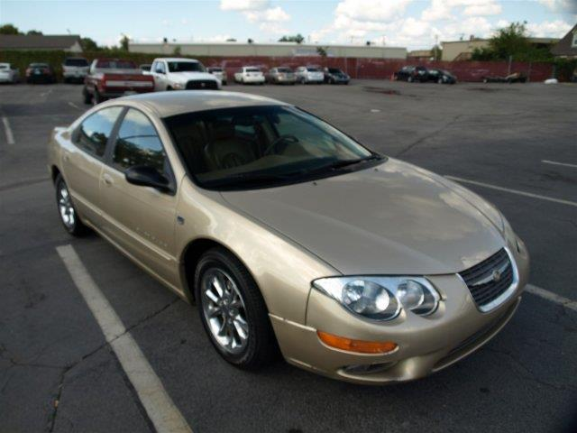 2000 CHRYSLER 300M BASE 4DR SEDAN unspecified only 119414 miles boasts 26 highway mpg and 18 ci