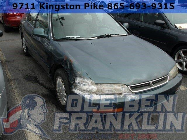 1997 HONDA ACCORD EX 4DR SEDAN eucalyptus green pearl only 1 miles boasts 31 highway mpg and 23