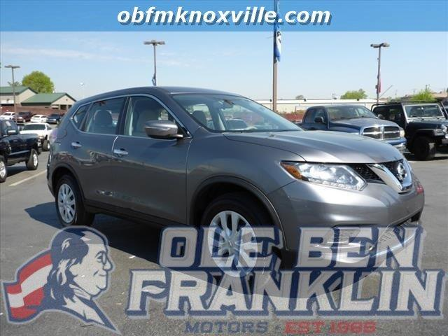 2015 NISSAN ROGUE SV 4DR CROSSOVER gun metallic boasts 33 highway mpg and 26 city mpg this nissa