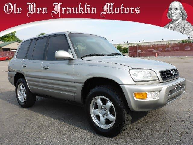 1999 TOYOTA RAV4 BASE 4DR SUV n only 196195 miles scores 29 highway mpg and 24 city mpg this t