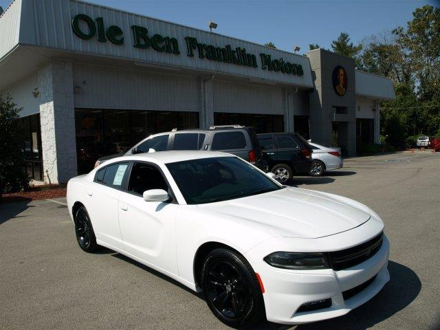 2016 DODGE CHARGER SXT 4DR SEDAN white only 4948 miles scores 31 highway mpg and 19 city mpg t