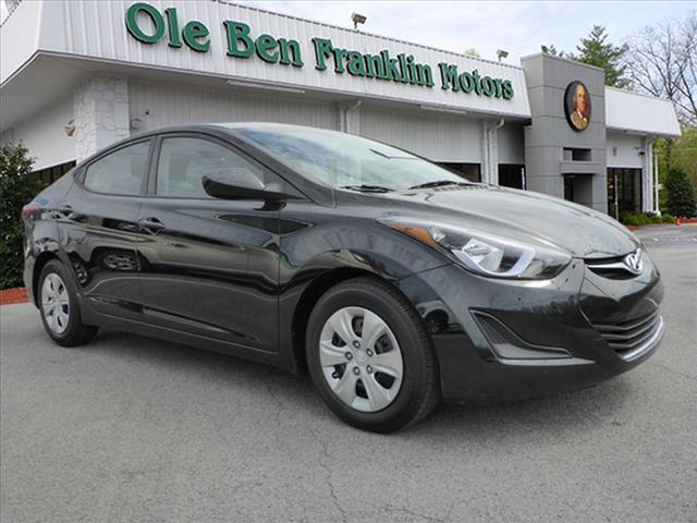 2016 HYUNDAI ELANTRA VALUE EDITION 4DR SEDAN 6A US black nice black on gray  great first ca