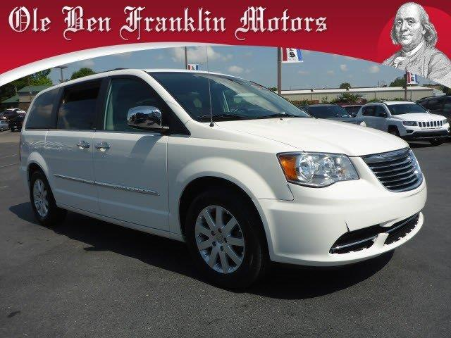 2011 CHRYSLER TOWN AND COUNTRY TOURING-L 4DR MINI VAN stone white delivers 25 highway mpg and 17