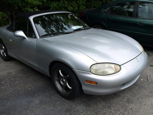 1999 MAZDA MX-5 MIATA LEATHER unspecified only 149152 miles boasts 28 highway mpg and 23 city m