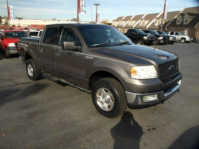 2004 FORD F-150 unspecified only 141282 miles boasts 18 highway mpg and 14 city mpg this ford
