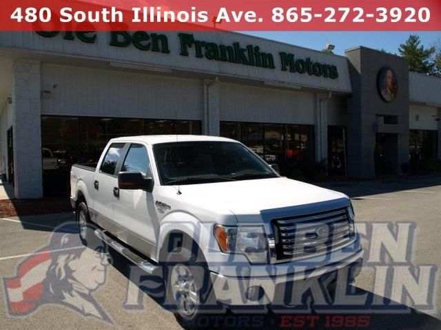 2010 FORD F-150 XLT CREW CAB 4X4 CHROME PACKAGE white boasts 18 highway mpg and 14 city mpg this