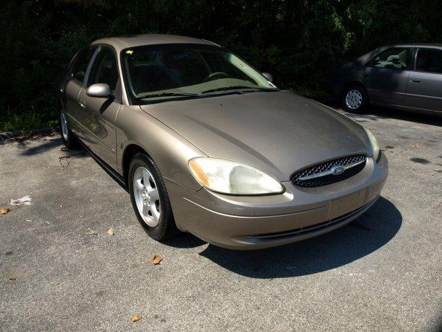 2003 FORD TAURUS SE 4DR SEDAN unspecified were excited to offer this versatile 2003 ford taurus