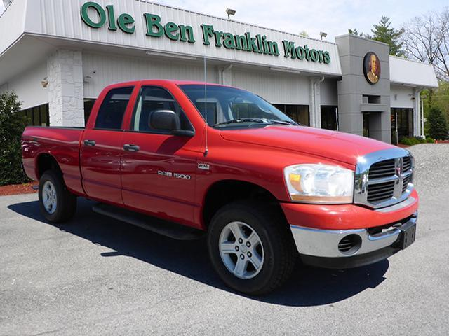 2006 DODGE RAM PICKUP 1500 SLT red airbags - front - dualairbags - passenger - occupant sensing