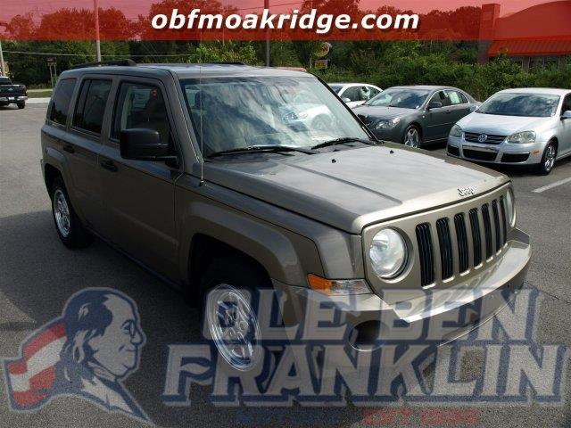 2008 JEEP PATRIOT SPORT 4DR SUV WCJ1 SIDE AIRBAG unspecified boasts 28 highway mpg and 23 city m