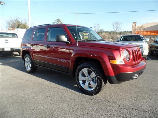 2014 JEEP PATRIOT SPORT 4X4 4DR SUV red impact sensor post-collision safety systemcrumple zones