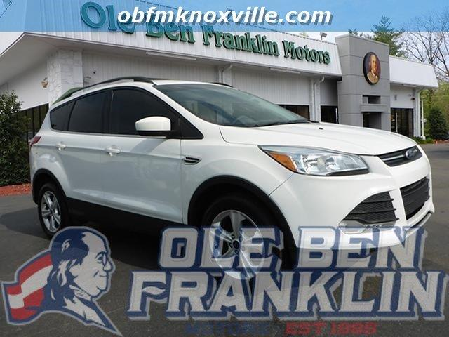 2013 FORD ESCAPE SE 4DR SUV white platinum tricoat delivers 33 highway mpg and 23 city mpg this