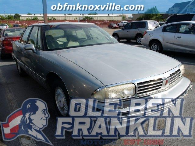 1995 OLDSMOBILE NINETY-EIGHT REGENCY ELITE 4DR SEDAN silver only 99087 miles wall-to-wall cut-p