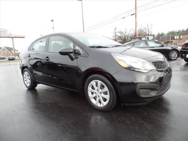 2014 KIA RIO LX 4DR SEDAN 6A black crumple zones front and rearstability control electronicabs