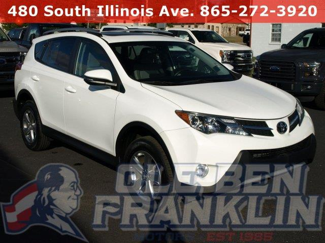 2015 TOYOTA RAV4 XLE 4DR SUV super white iihs top safety pick scores 31 highway mpg and 24 city