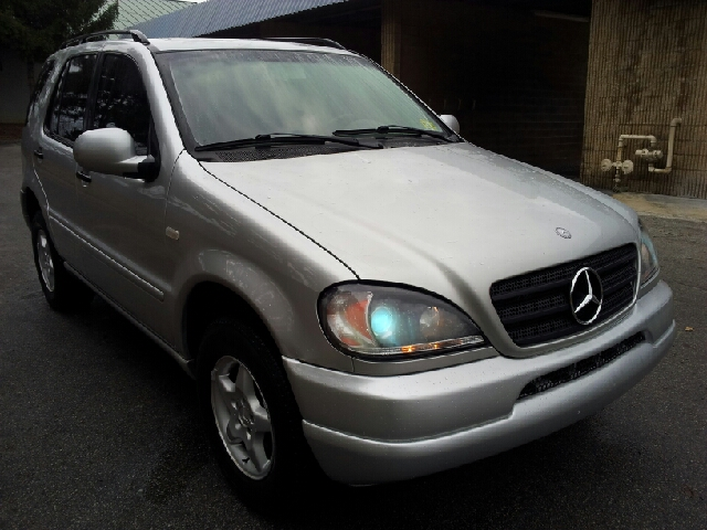 Search results for 2000 mercedes benz m class