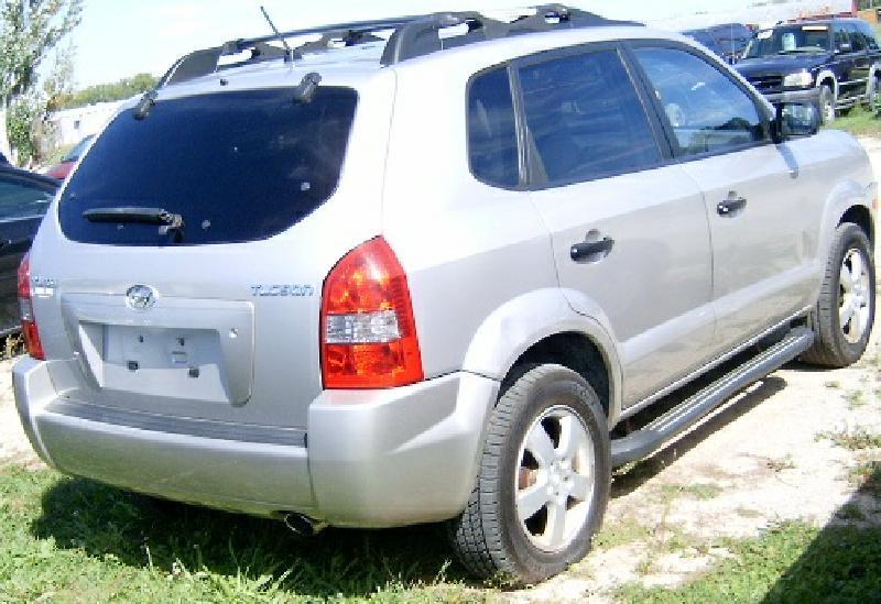 2005 Hyundai Tucson GL 4dr SUV - Green Bay WI