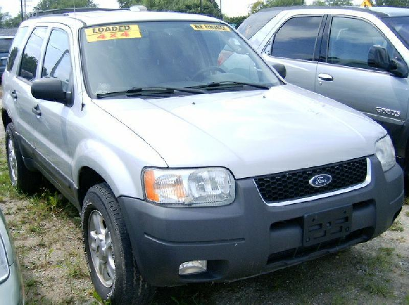 2003 Ford Escape XLT Popular 2 4WD 4dr SUV - Green Bay WI