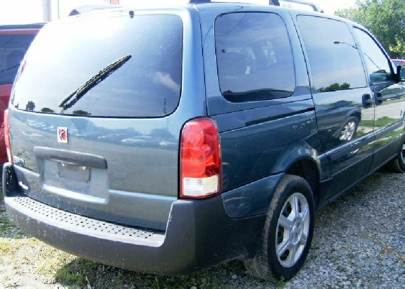 2005 Saturn Relay 2 4dr Mini-Van - Green Bay WI