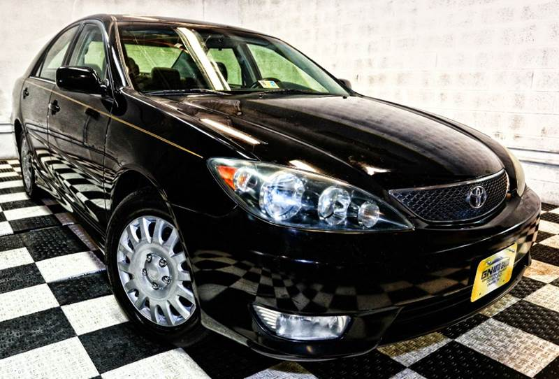 2006 toyota camry for sale in chantilly va. Black Bedroom Furniture Sets. Home Design Ideas