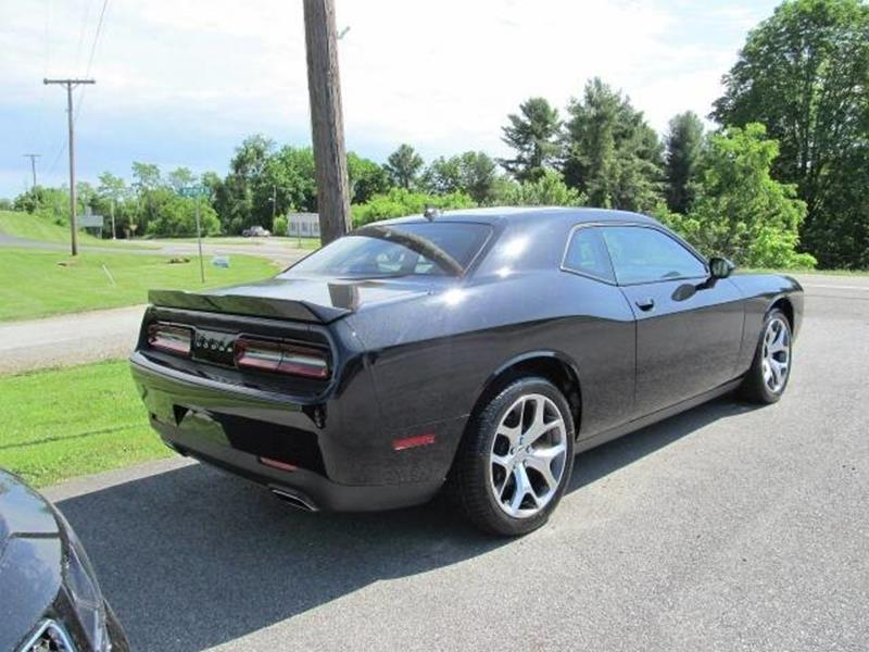 2015 Dodge Challenger SXT Plus 2dr Coupe - Floyd VA