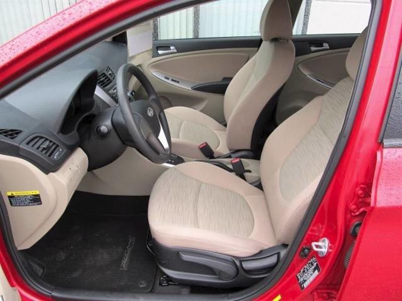 2016 Hyundai Accent SE 4dr Sedan 6A - Floyd VA