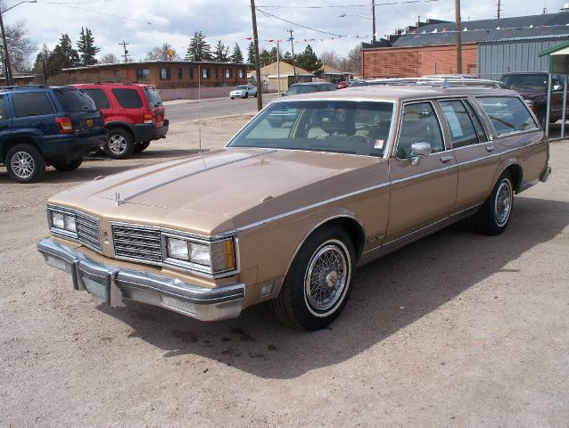 1985 Oldsmobile Vista Cruiser