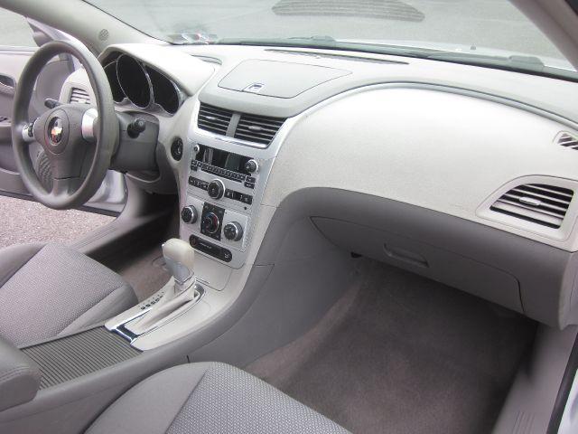 2009 Chevrolet Malibu Interior 2009 Chevrolet Malibu ls in