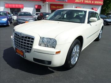 2008 Chrysler 300 for sale in Pawtucket, RI