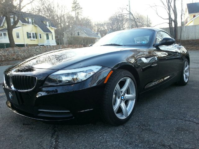 2009 bmw z4 sdrive30i convertible for sale in beverly peabody beverly beverly farms motors. Black Bedroom Furniture Sets. Home Design Ideas