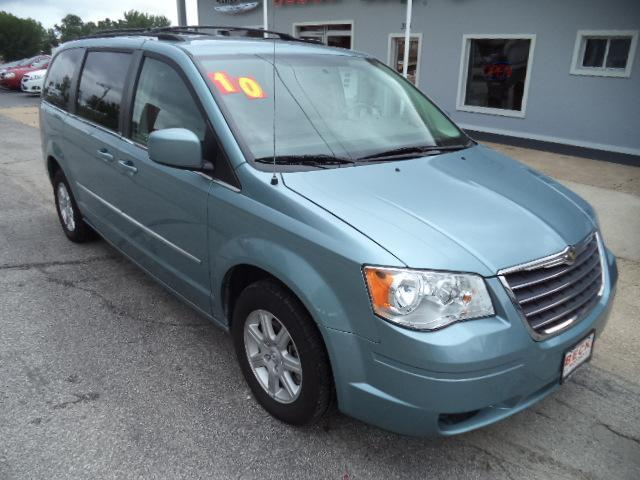 2010 chrysler town and country touring 4dr mini van in owensville california sainte genevieve. Black Bedroom Furniture Sets. Home Design Ideas