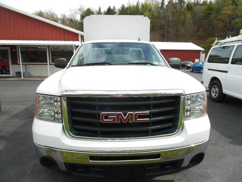2009 GMC Sierra 2500HD 4x2 Work Truck 2dr Regular Cab LB - Indiana PA