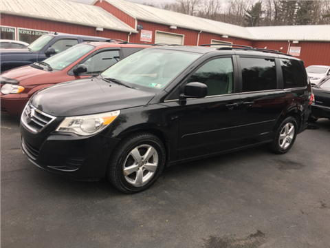 2009 Volkswagen Routan for sale in Indiana, PA