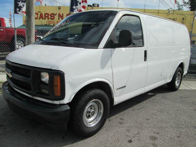 1998 CHEVROLET CHEVY VAN G1500 3DR CARGO VAN white abs - 4-wheel daytime running lights front ai