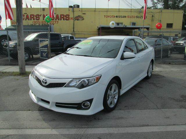 2014 TOYOTA CAMRY SE SPORT 4DR SEDAN 20145 white 2-stage unlocking - remote abs - 4-wheel air