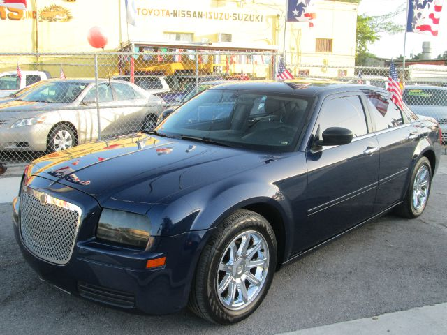 2006 CHRYSLER 300 SEDAN 4D blue air conditioningamfm radioanti-brake system non-abs  4-wheel