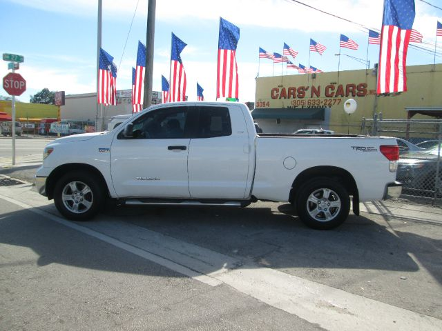 2011 TOYOTA TUNDRA GRADE 4X2 4DR DOUBLE CAB PICKUP white abs - 4-wheel airbag deactivation - pass