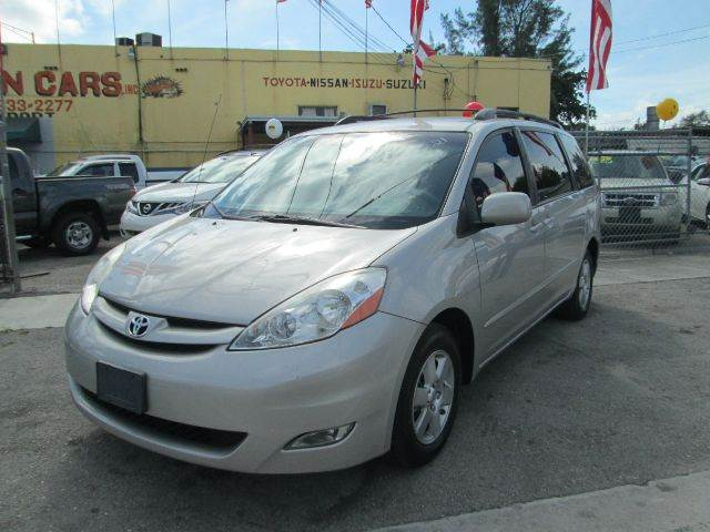 2009 TOYOTA SIENNA XLE MINI VAN PASSENGER 4DR silver 2-stage unlocking - remote abs - 4-wheel ai