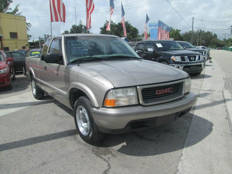 1998 gmc sonoma 2dr sls sport extended cab sb in miami fl cars n cars inc. Black Bedroom Furniture Sets. Home Design Ideas
