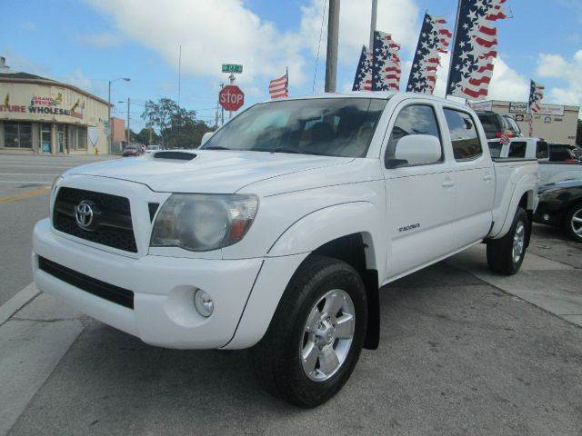 2011 TOYOTA TACOMA PRERUNNER V6 4X2 4DR DOUBLE CAB white abs - 4-wheel active head restraints - d