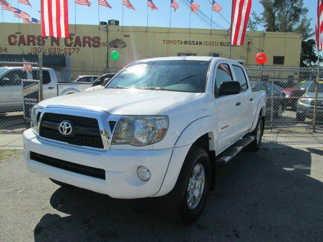 2011 TOYOTA TACOMA PRERUNNER V6 4X2 4DR DOUBLE CAB white abs - 4-wheel active head restraints -