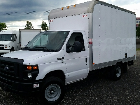 2016 Ford E-Series Chassis for sale in Oregon City, OR