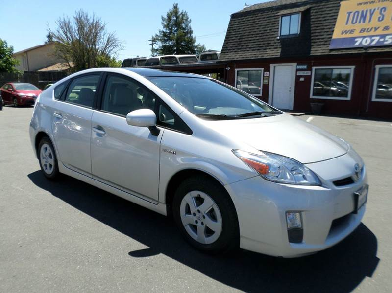 2011 TOYOTA PRIUS IV 4DR HATCHBACK silver one owner vehiclenavigation back up camera