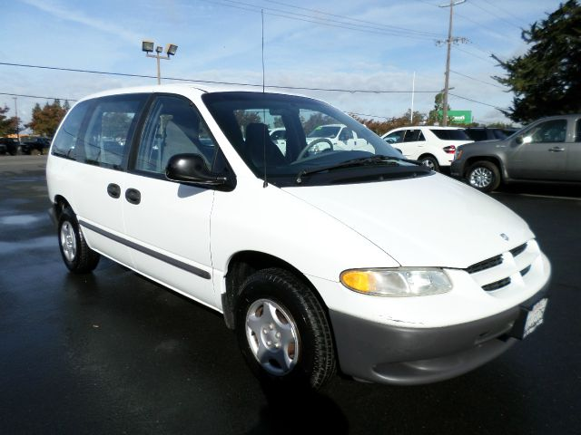 2000 DODGE CARAVAN BASE 3DR STD CARGO VAN white cargo minivan cassette front air conditioning