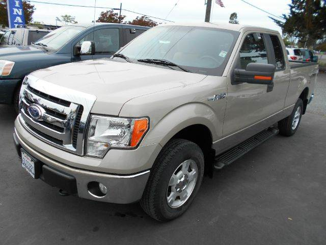 2010 FORD F-150 XLT 4X4 4DR SUPERCAB STYLESIDE 6 gold super low miles 2-stage unlocking - remote