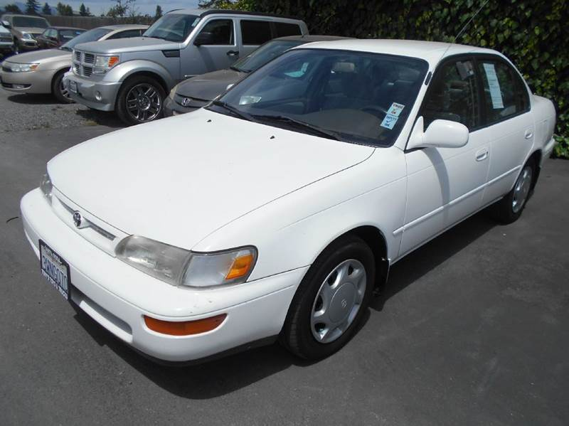 1997 TOYOTA COROLLA DX 4DR SEDAN white one owner corolla only 112780 front air condit