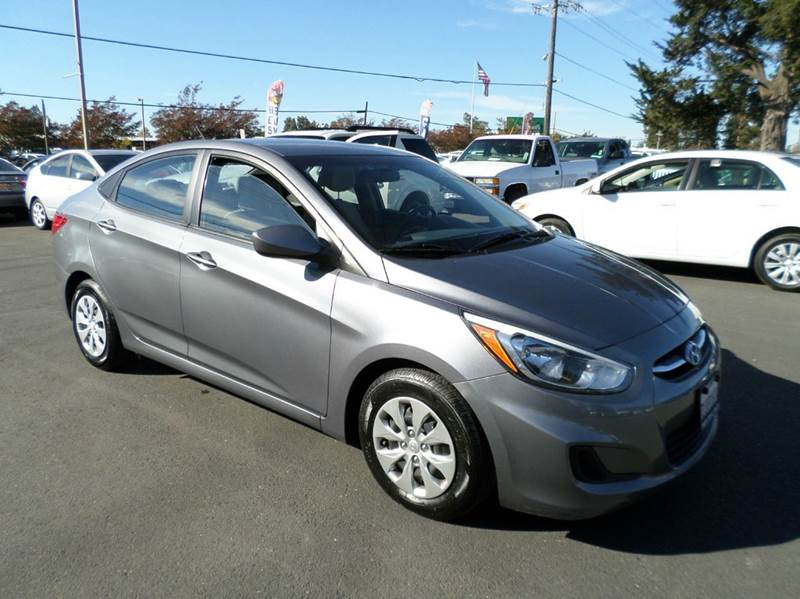 2015 HYUNDAI ACCENT GLS 4DR SEDAN gray one owner vehicle previous rentalwarranty remai