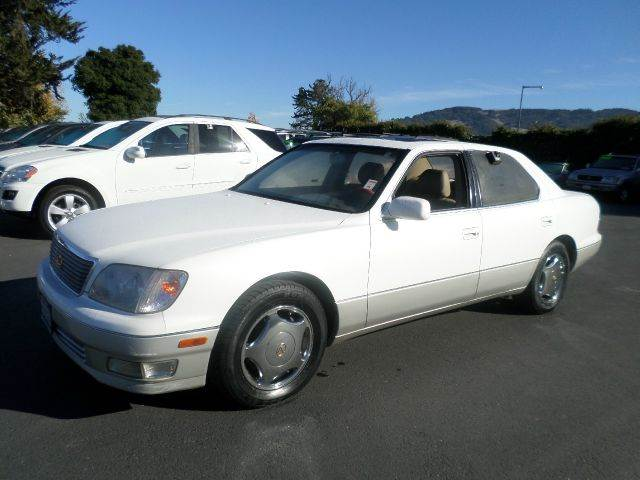 1998 LEXUS LS 400 4DR STD SEDAN white 1 owner vehicle very clean vehicle abs - 4-wheel
